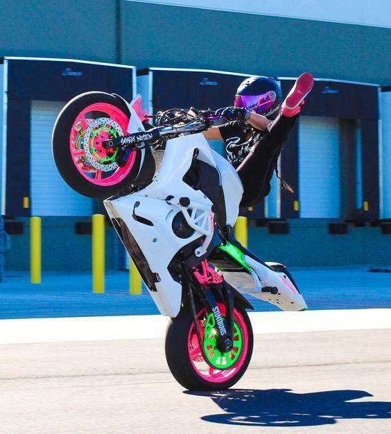 Виступи на мотоциклах