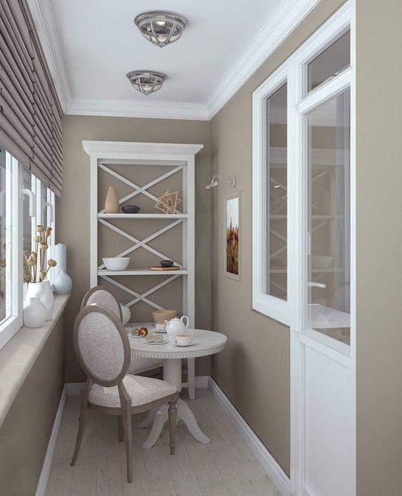 Балкон з кавовим столиком