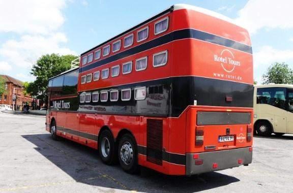Готель в автобусі