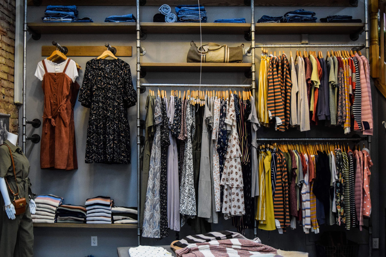 Одяг в Україні дешевшає