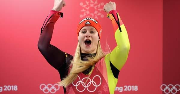 XXIII Зимові Олімпійські Ігри тривають у південнокорейському Пхьончхані. У  четвертий змагальний день було розіграно 8 комплектів нагород. 7fbbaa2544b80