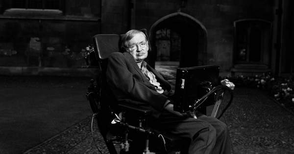 Стивен Хокинг умер: фото из жизни выдающегося физика