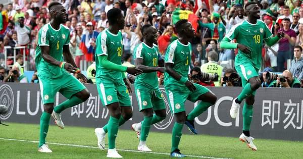 Збірна Сенегалу здобула дещо неочікувану перемогу на Чемпіонаті світу над  збірною Польщі. Сприяли цьому помилки польської збірної у захисті. c201249a9fb37