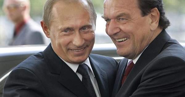 Президент Росії Володимир Путін у жовтні може приїхати в Берлін на весілля  колишнього канцлера Німеччини Герхарда Шредера і кореянки Кім Со Ен. be8fc0508616f