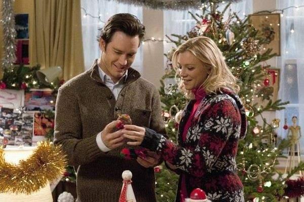 Різдвяна атмосфера у комедії