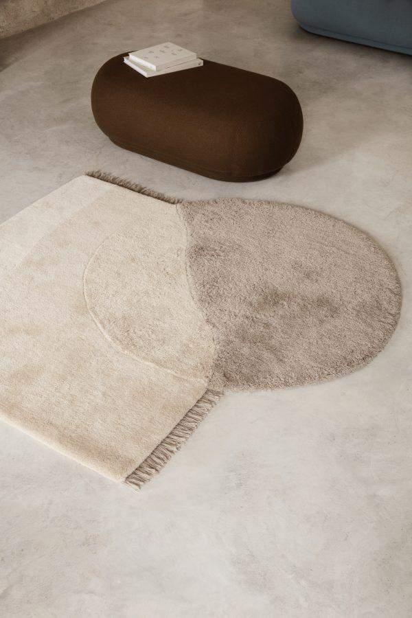 Асимметричный коврик из новозеландской шерсти