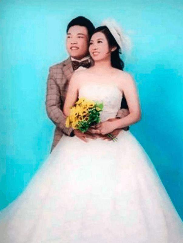 Пара одружилася через 19 років