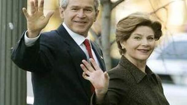 Джордж та Лора Буш
