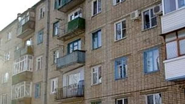 Дівчинка впала з балкону п'ятого поверху