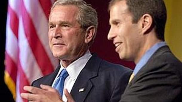 Джордж Буш-молодший і Кен Мелман