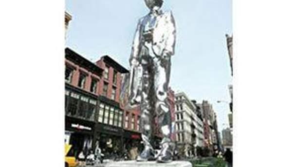 Памятник простоит на Юнион-сквер до 2 октября