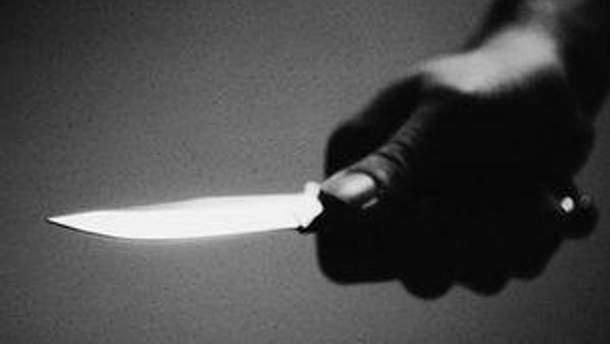 Злочинець наніс п'ять ножових ударів