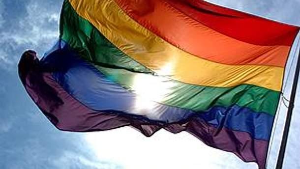 Решение о гей-парадах вступило в силу