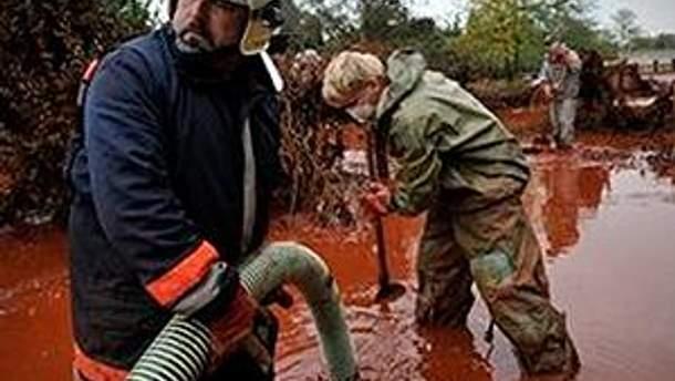 Більше 4 тонн хімікатів вилилось внаслідок ДТП