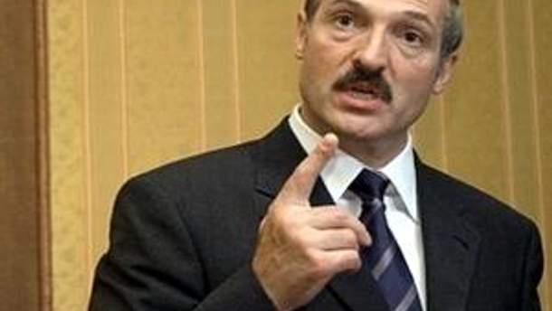 Александр Лукашенко приказал следить за валютой