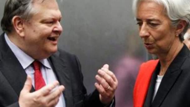 Эвангелос Веницелос пытается убедить МВФ