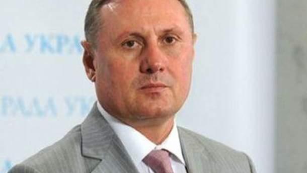 Александр Ефремов считает, что декриминализация должна касаться только бизнеса