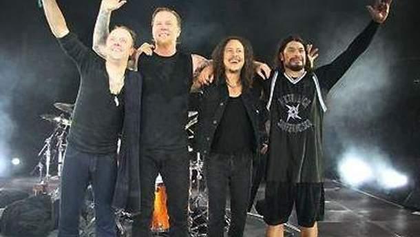 Metallica работает над новым альбомом в перерывах между концертами
