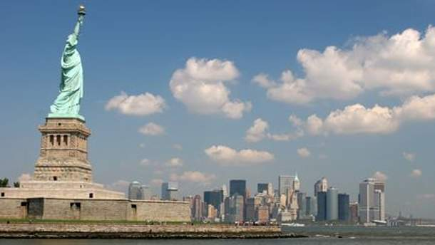 Статуя Свободи є візиткою США та Нью-Йорку
