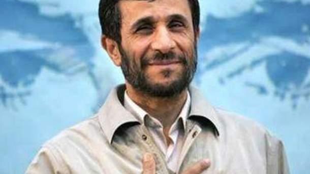 Махмуду Ахмадінеджаду не доведеться відповідати на запитання парламенту