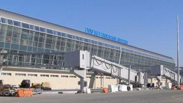 Реконструйований аеропорт мають відкрити у грудні