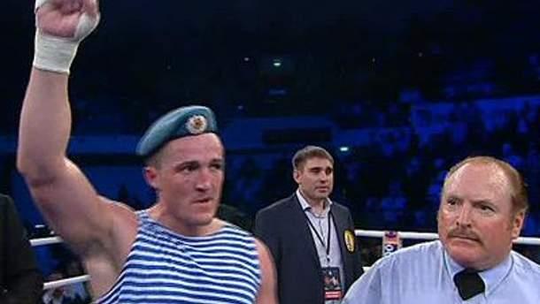 Это 23 победа Лебедева на профессиональном ринге