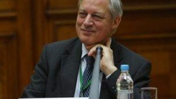 Крістіан Нуайє