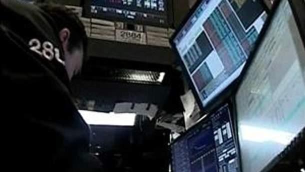 Украинские биржи закрылись незначительным повышением индексов