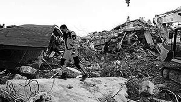 Наприкінці жовтня в цьому ж регіоні стався руйнівний землетрус