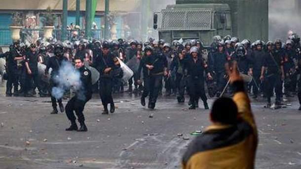 Влада продовжує жорстоко придушувати повстання