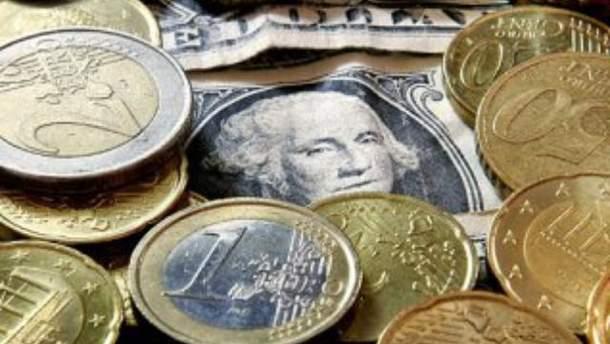 Міжбанк: євро подешевшав, долар - стабільний