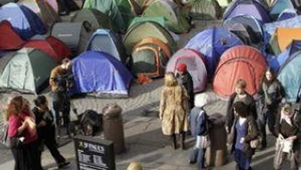Палатки митингующих