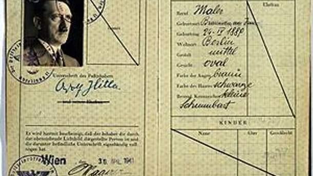 Подделанный паспорт Адольфа Гитлера