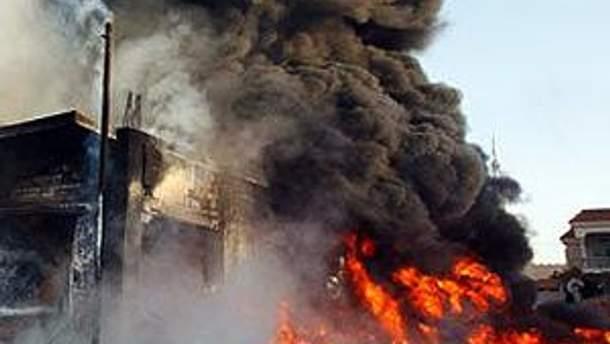 Взрывы прогремели в двух пригородах Багдада