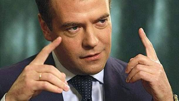 Дмитрий Медведев говорит, что ЕЭП может избежать проблем ЕС