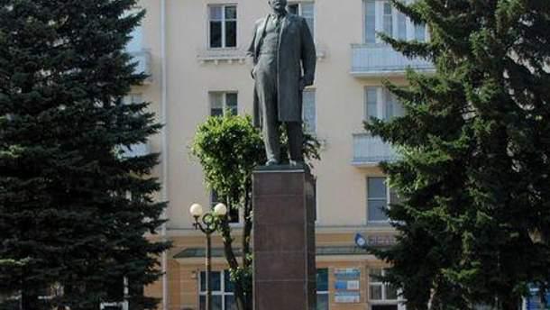 Дышать в центре Баранович мужчине запрещает закон