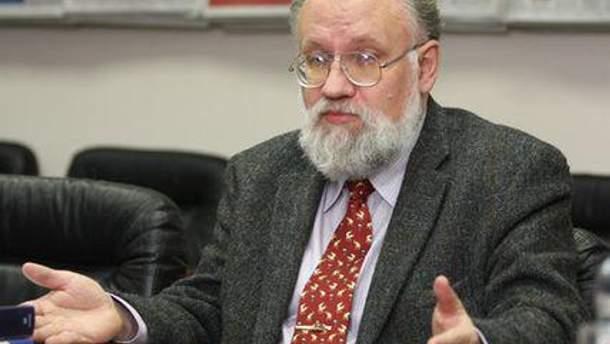 Володимир Чуров
