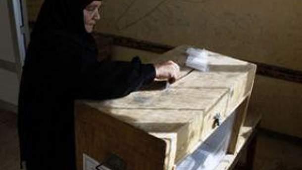 У Єгипті люди голосують