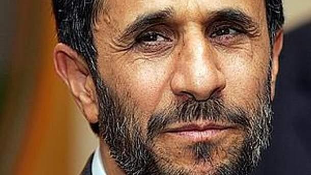 Президент Ирана Махмуд Ахмадинежад призывает Запад принять его, как ядерную страну