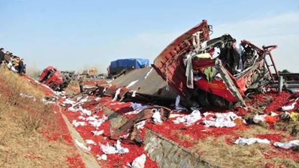 Вантажівка після вибуху