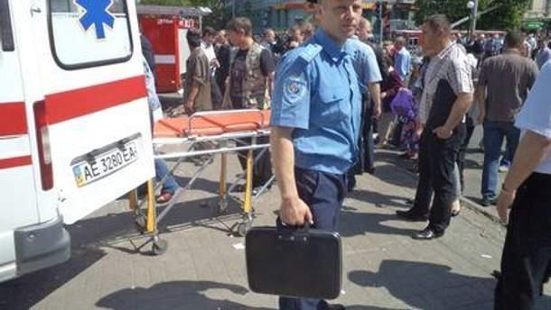 Спасатели и правоохранители на месте происшествия