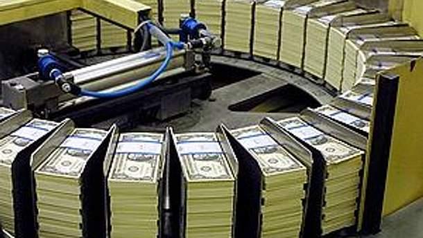 На виробництві доларів