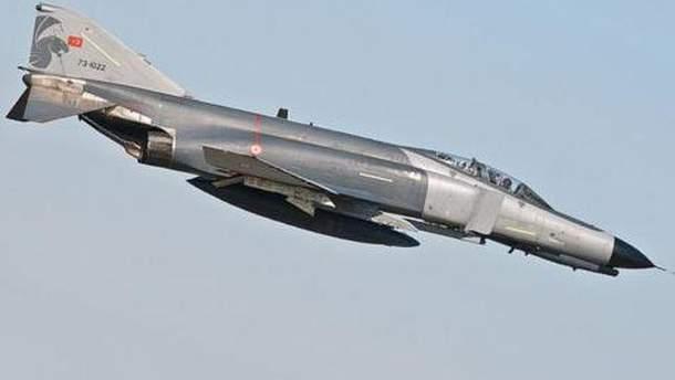 Турецкий истребитель F-4