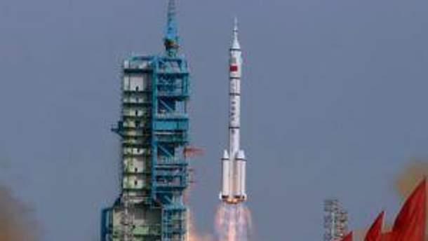 """Космический корабль """"Шэньчжоу-9"""""""