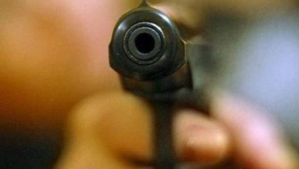 Неизвестные расстреляли женщину и 6-летнего ребенка
