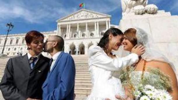 Одностатеві шлюби дозволять з 2013 року