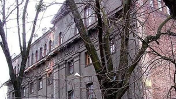 Українці завантажили світлину харківської телефонної станції 1916 року, яка стала десятитисячною фотографією