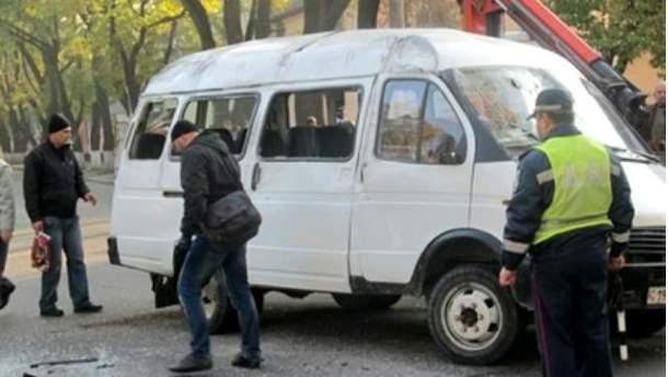 В Одесі сміттєвоз зіштовхнувся з маршруткою. Є постраждалі (Фото)