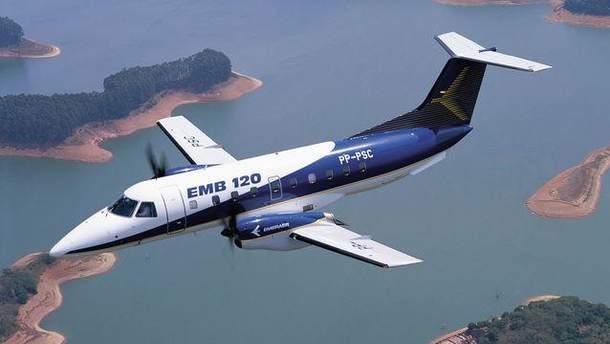 Літак Embraer 120