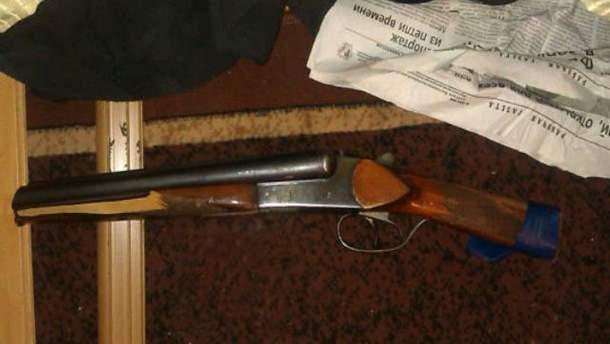 В Донецкой области вооруженный мужчина напал на 2 пенсионерок (Фото)